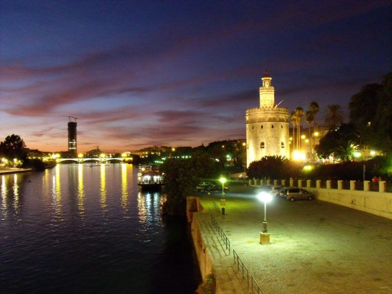 Tour Seville at Night | Guided tours in Seville
